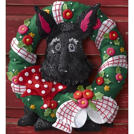 Bucilla 86681 Scottie wreath