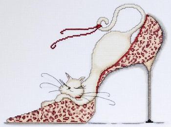 Design Works 2553 Leopard shoe
