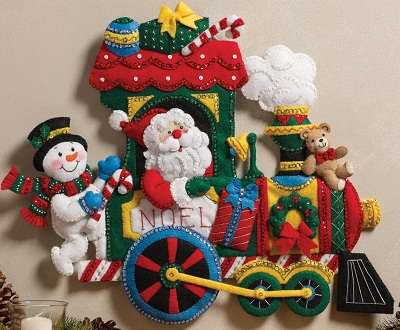Bucilla 86364 Train wall hanging