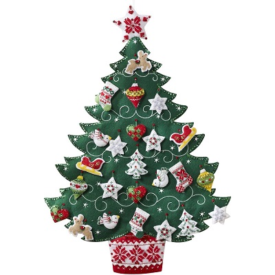 Bucilla 86584 Nordic Tree advent calendar