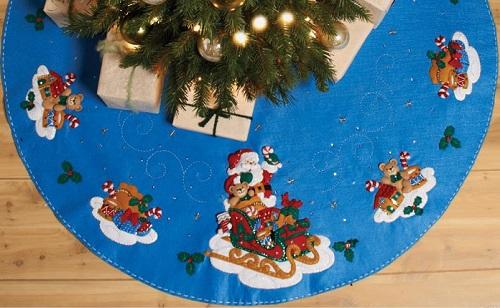 Bucilla 86362 Santa and his sleight tree skirt