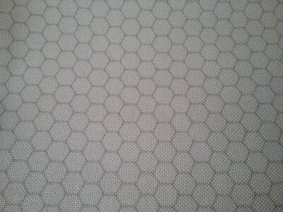Fabric Flair 28 ct Berkshire Hive