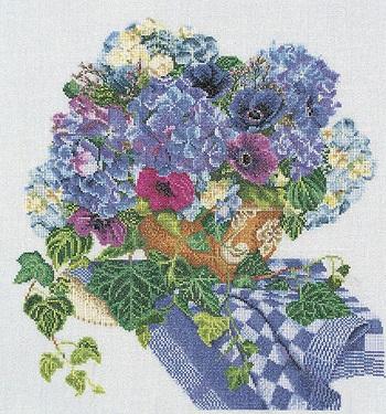 Thea Gouverneur GOK3025 Blue floral arrangement