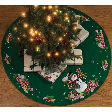 Bucilla 86307 Candy Cane Santa Tree skirt