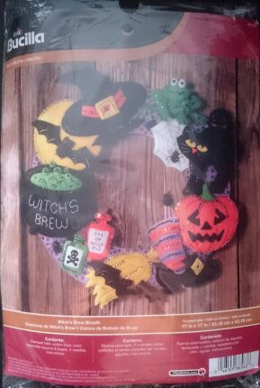 Bucilla 86563 Witch's Brew Wreath