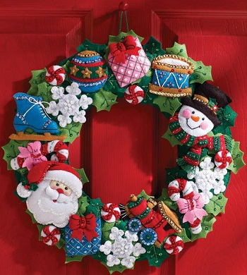 Bucilla 86363 Christmas toys wreath