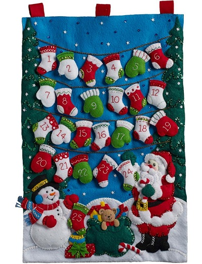 Bucilla 86735 Mittens and stockings advent calendar