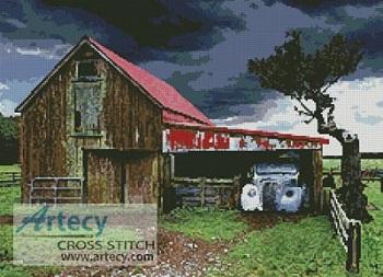 Kustom Krafts 2050 Old Barn in a Storm