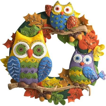 Bucilla 86562 Owl wreath
